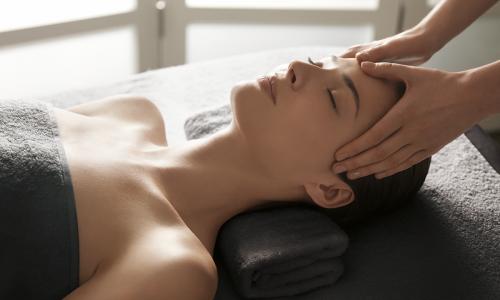 Behandlungsmotive_Massage_300dpi